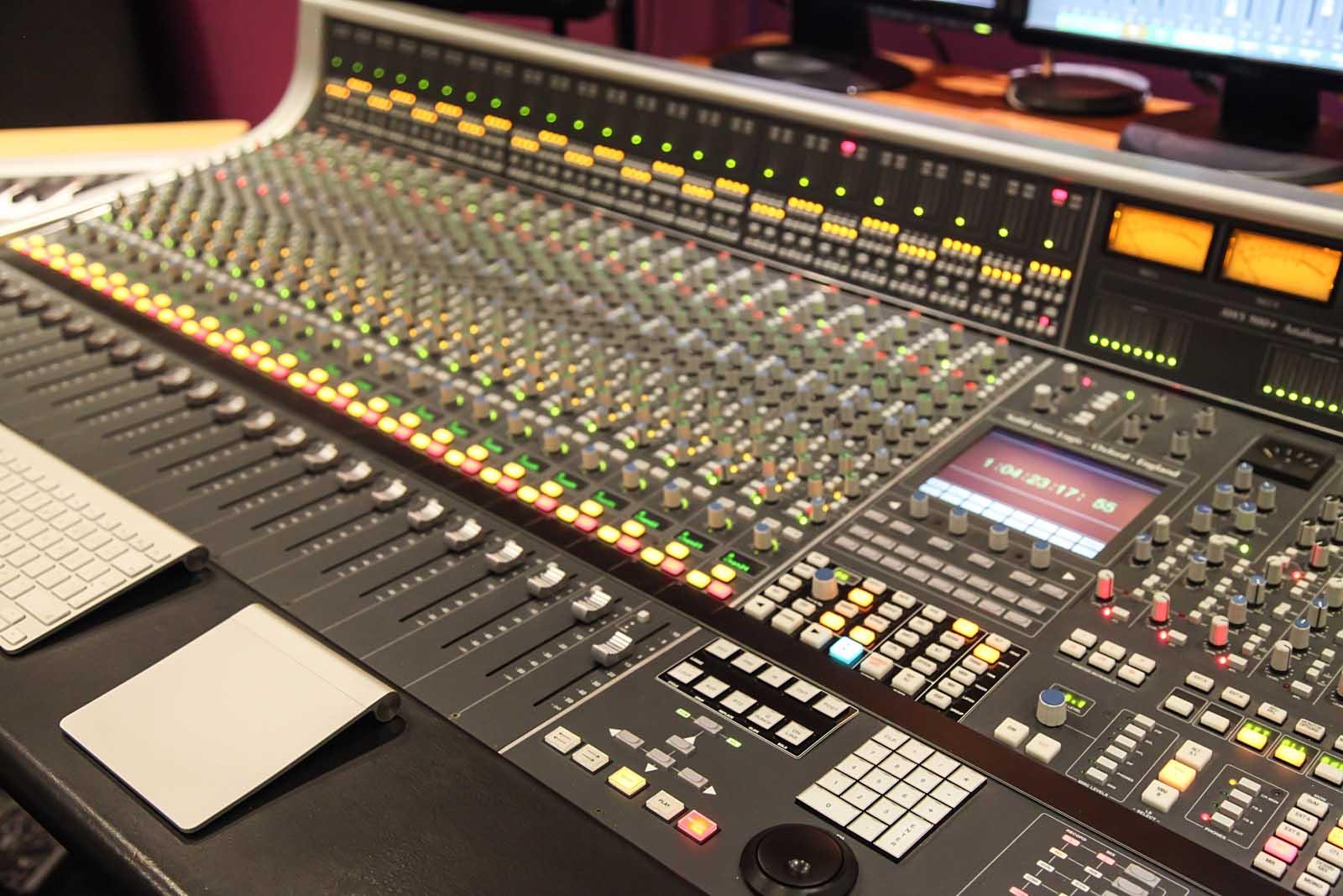 Hilltop Recording Studio London - David Ezra Music ...